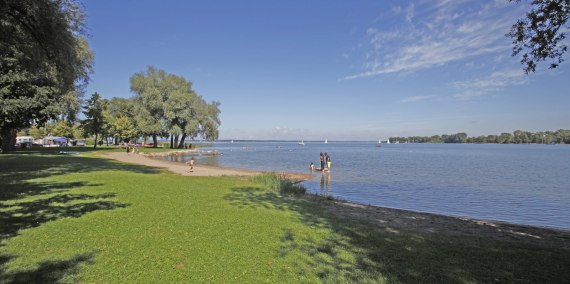 Badestelle am Chiemsee, © Chiemsee Camping